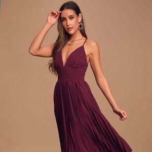 Lulus burgundy midi dress